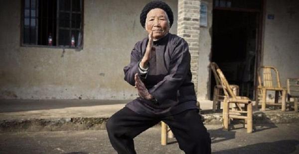 Du lịch đến thăm ngôi làng ở Daxi của Trung Quốc bạn dat ve may bay sẽ phải ngạc nhiên khi từ người